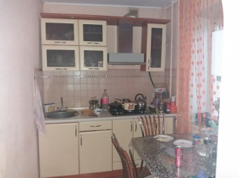 Продам 3-х комнатную квартиру по ул. Толстого, 3 комнатные